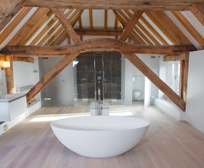 Thursley-Surrey-1-Bespoke-walk-in-frameless-shower-screen