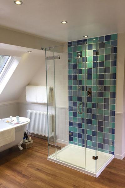 3-sided-shower-enclosures
