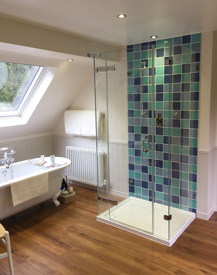 3 Sided Shower Enclosures | Bespoke | Showerpower™