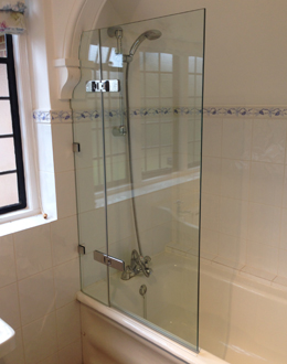 Frameless Bath Screens