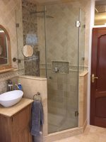 3-sided-shower-with-frameless-glass-on-half-walls