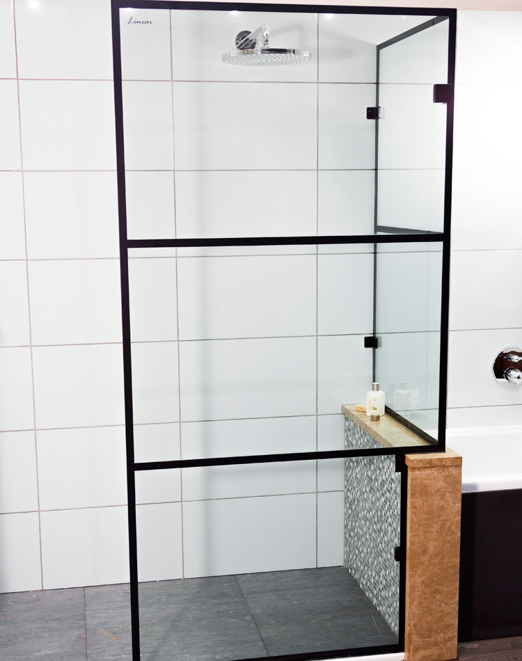Made-to-measure-walk-in-panels-and-shower-screens