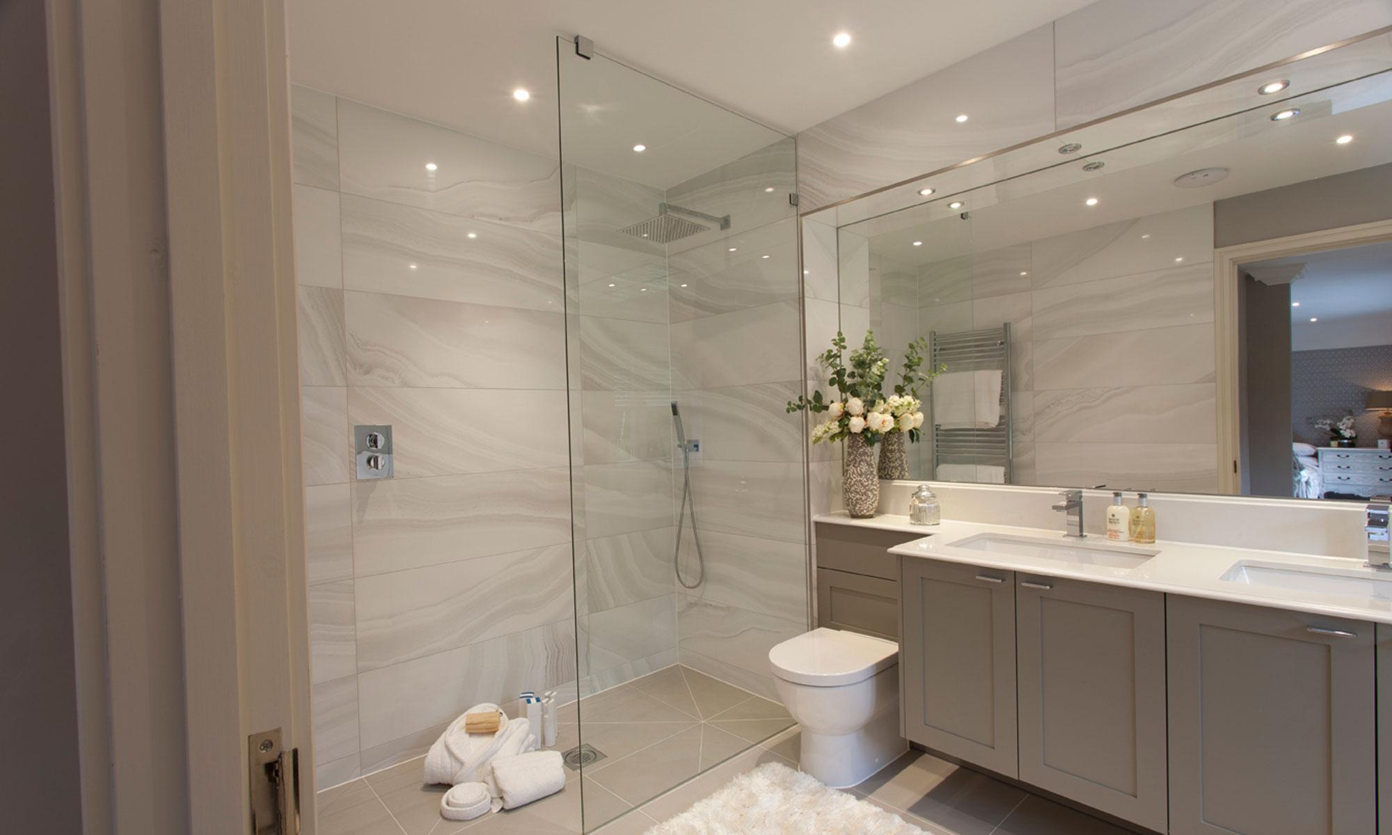 bespoke-shower-enclosures-carousel-2